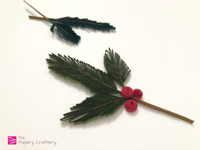 How to Make Quilling Paper Pine Needles ~ Start up those winter quilling crafts with easy fir branches    www.ThePaperyCraftery.com