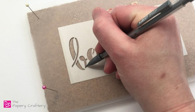 How to use a stencil with quilling - Try using a pre-made stencil for simpler quilled letters || www.ThePaperyCraftery.com