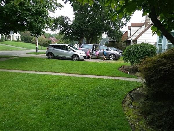 Chevy Bolt and Toyota minivan