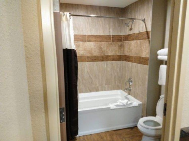 Kalahari Bathroom Tub