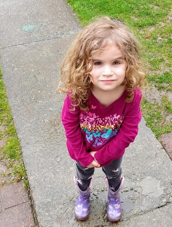 beautiful little girl - future supermodel!