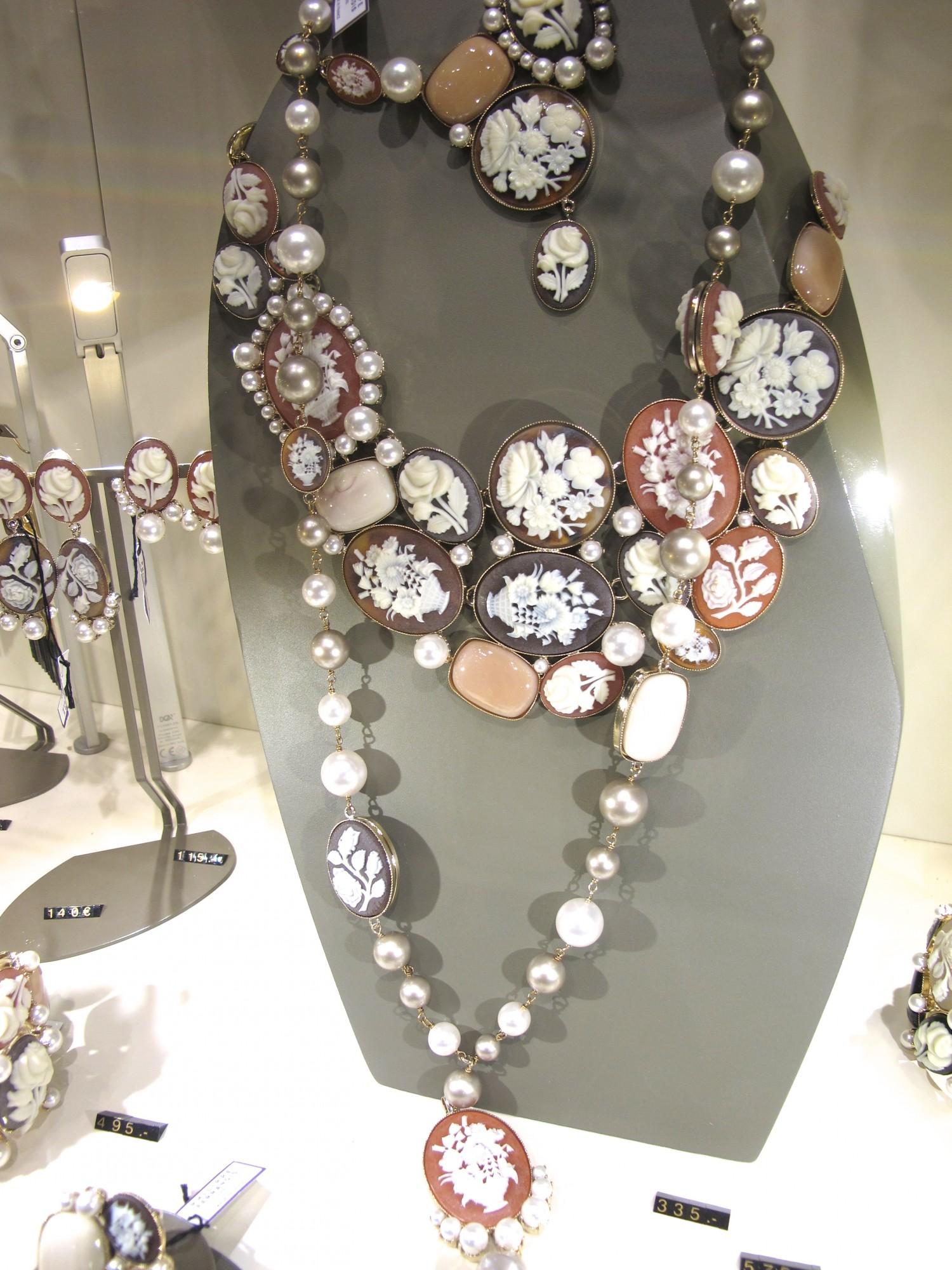 camés Galerie Lafayette