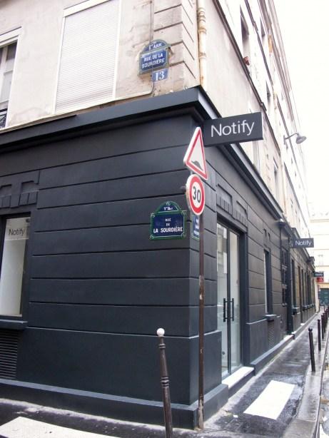 Notify rue de la Sourdière