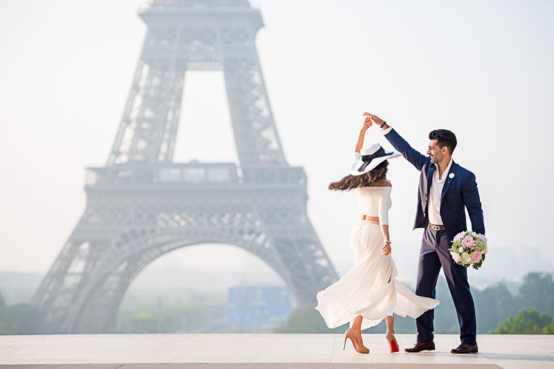 Perfect twirl at the Eiffel Tower