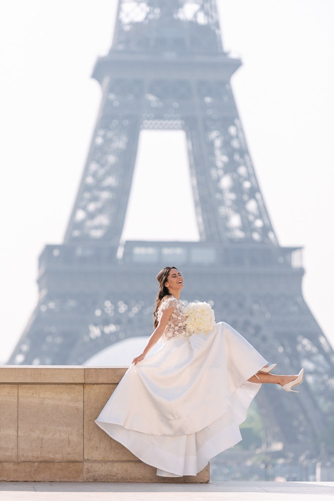 6. Elli Nicole wedding dress and beautiful bridal shoes in front of the Eiffel Tower