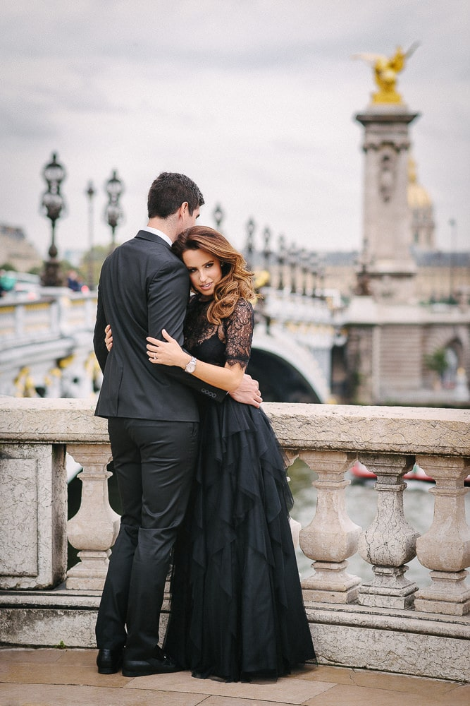 Couples photos on the Alexander 3 bridge in Paris