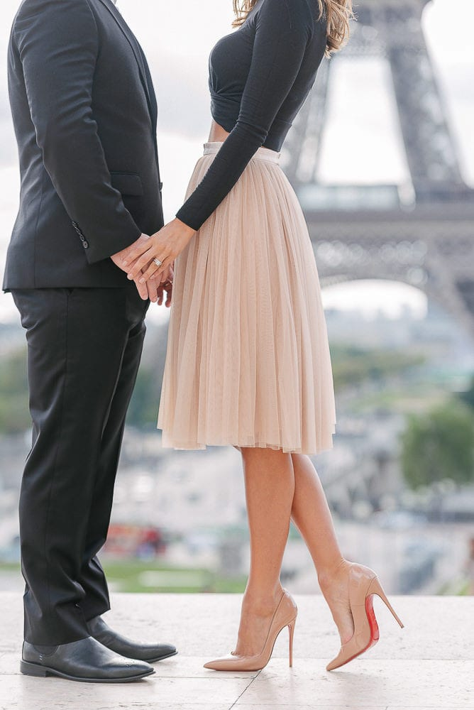 engagement photos ideas - capturing hands and heels