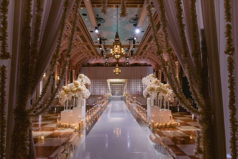 Sumptuous wedding ceremony setup captured by The Paris Photographer