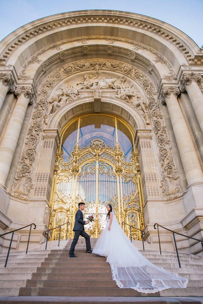 pre wedding photography paris golden doors