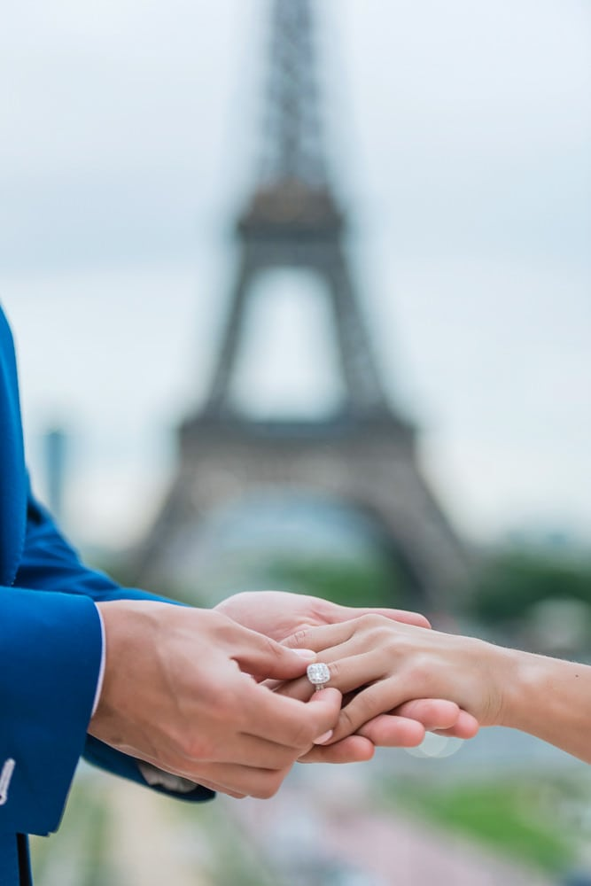 engagement ring at the eiffel tower