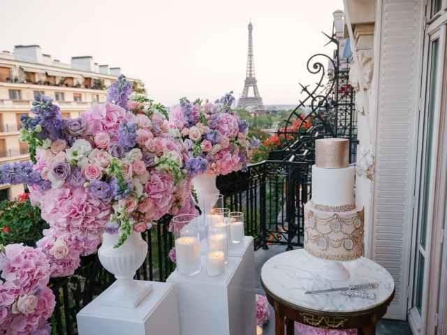 Plaza Athenee Paris Wedding – Intimate Elopement in Paris