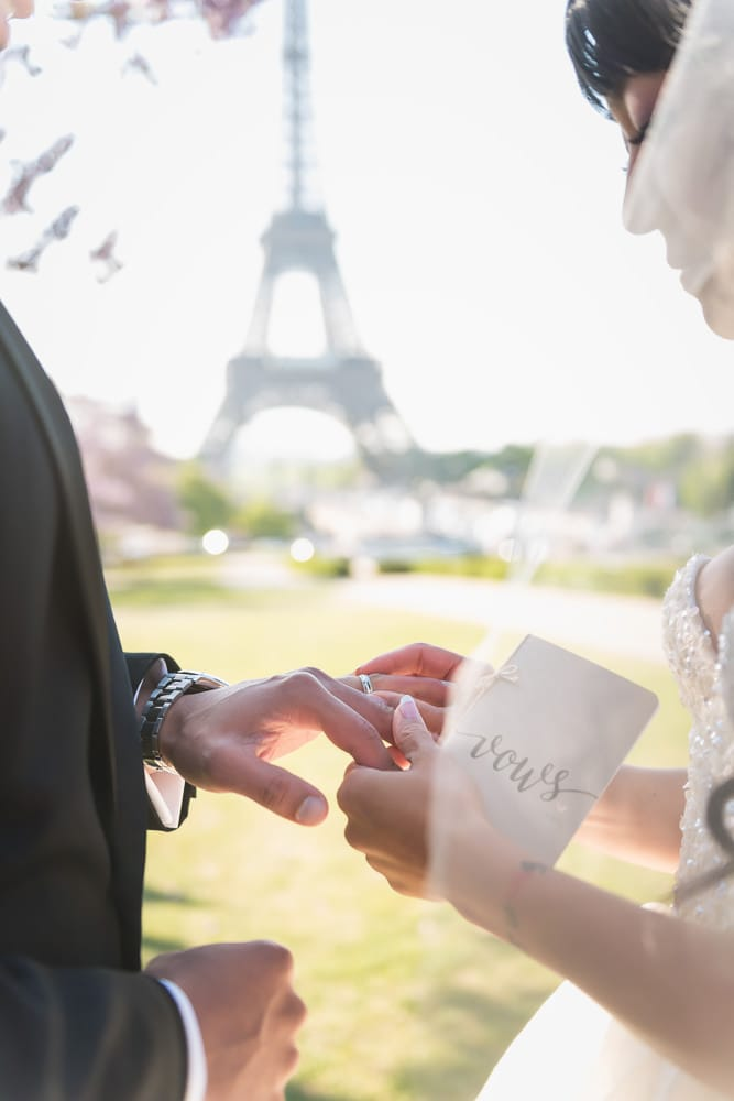 Paris Wedding Photographer - Fran