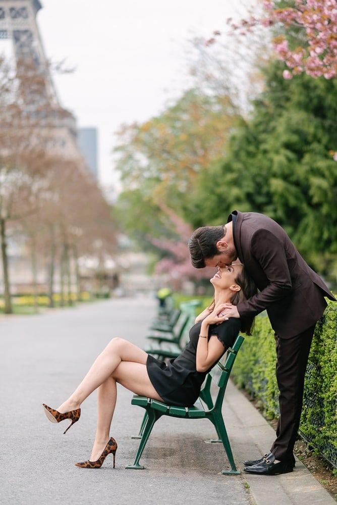 fun couple photoshoot ideas - the fun kiss on the nose