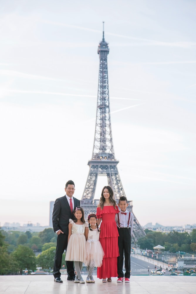 family photo shoot in paris 1