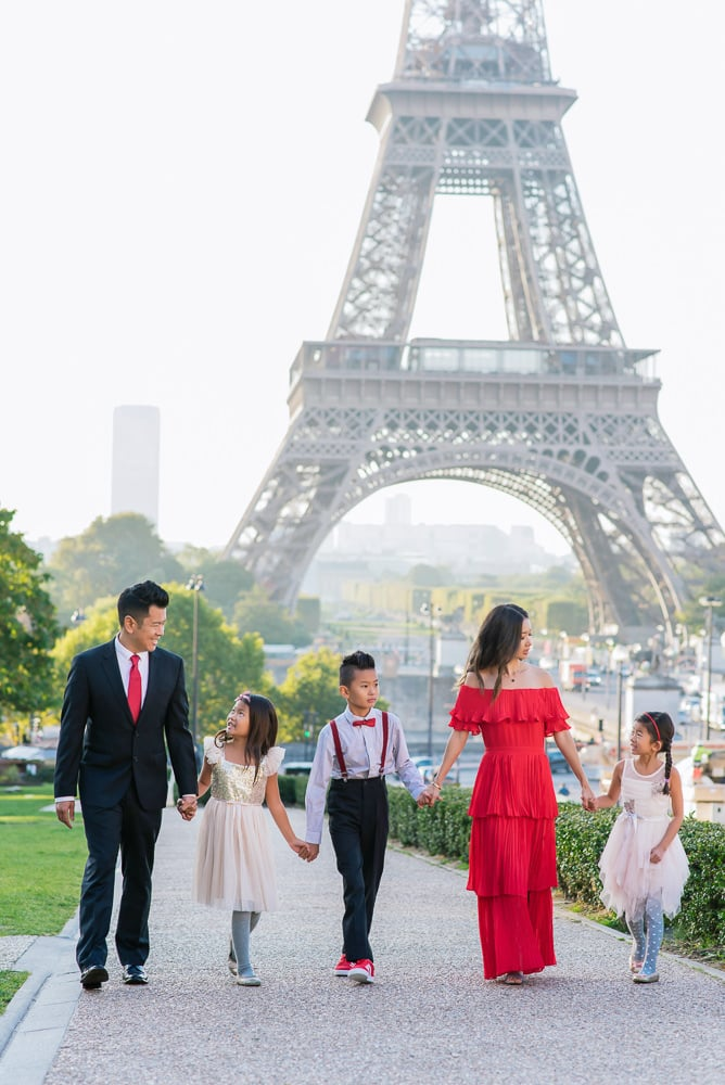 family photo shoot in paris 7