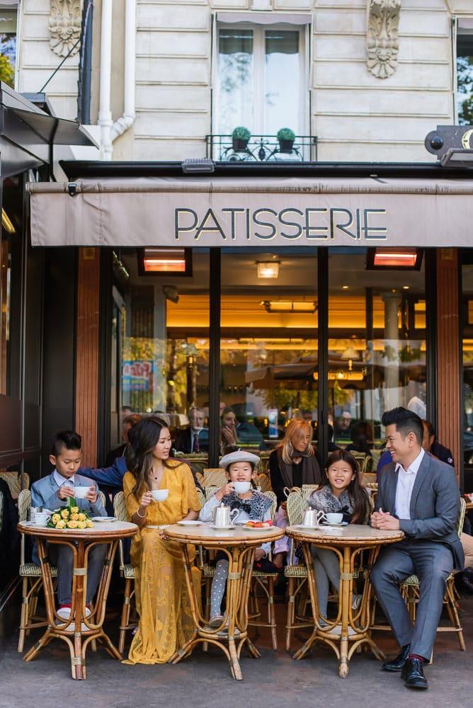 family photo shoot in paris 12