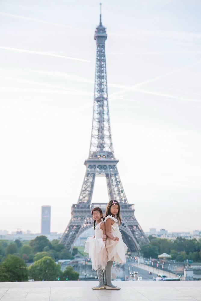family photo shoot in paris 15