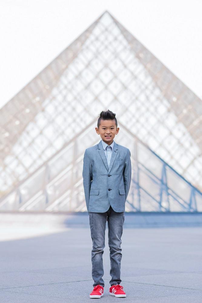 family photo shoot in paris 31
