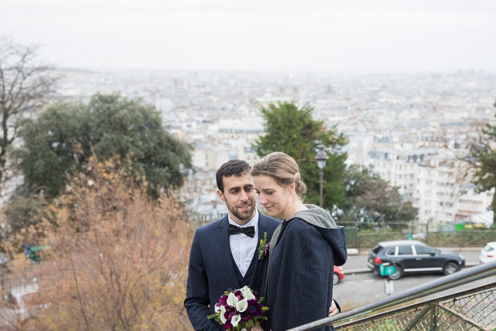 Wedding pictures in Paris with a beautiful view over Montmartre