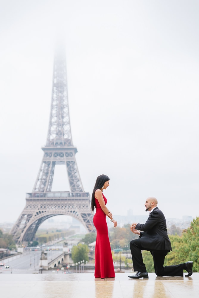 Engagement by the Eiffel Tower