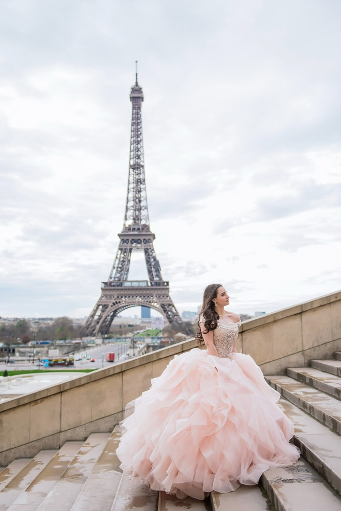 quinceanera photoshoot in paris france