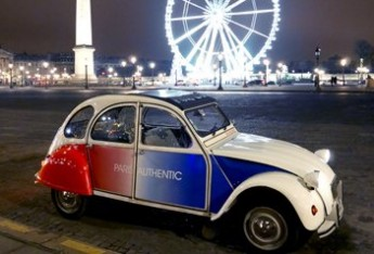 Citroen 2CV tour Paris