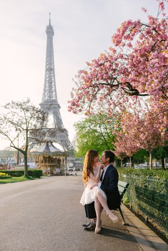 Romantic photos at the Eiffel Tower during cherry blossoms season