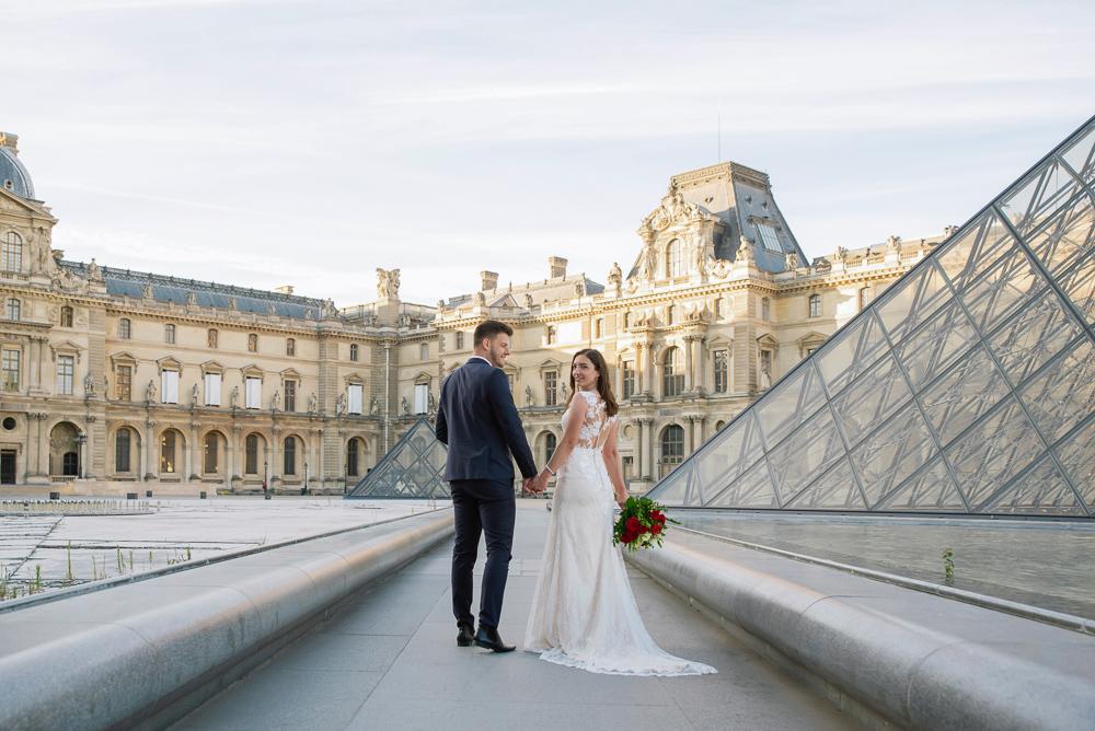 Wedding photoshoot in Paris by Pierre 42