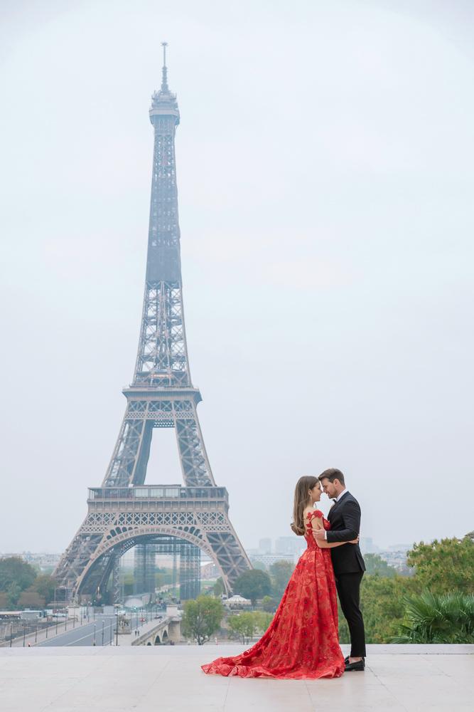 Winter wedding photoshoot in Paris by Pierre 11
