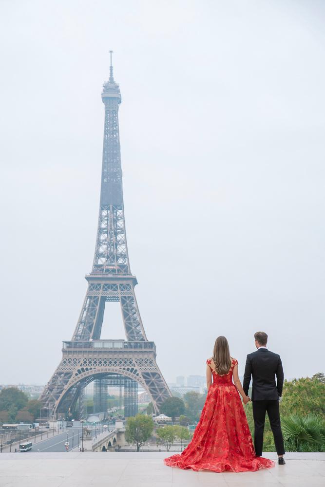 Winter wedding photoshoot in Paris by Pierre 12