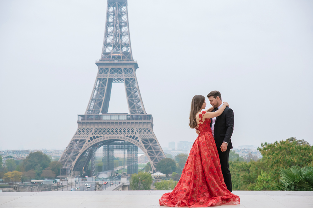 Winter wedding photoshoot in Paris by Pierre 14