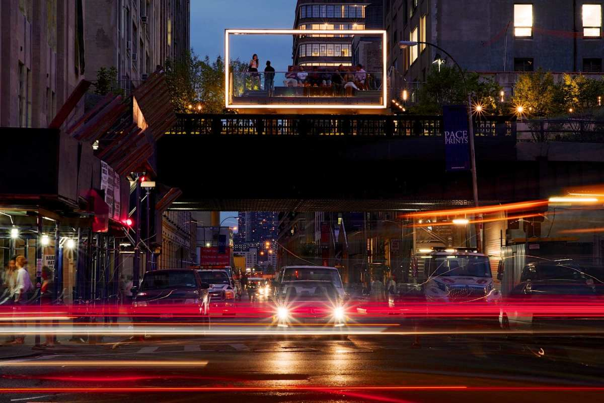 The High Line Park in New York City exposed for 2 seconds at f14 using an 85mm1.8G lens. Photo, Steve Simon