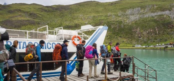 Resultado de imagen para catamaran lago pehoe