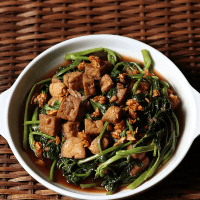Kangkong and Tofu In Oyster Sauce