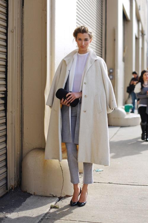 over the shoulder spring coat trend8