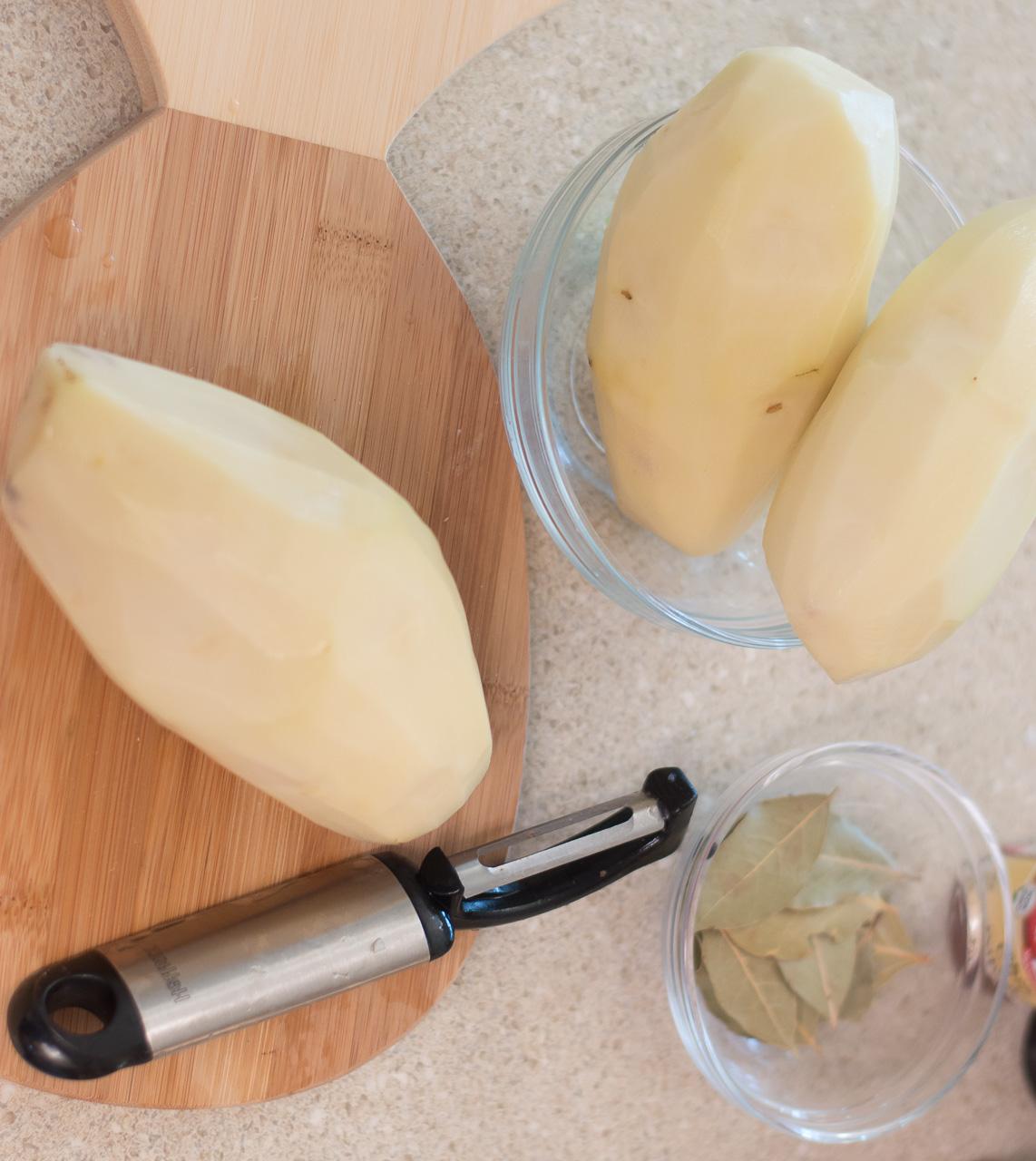 how-to-peel-potatoes