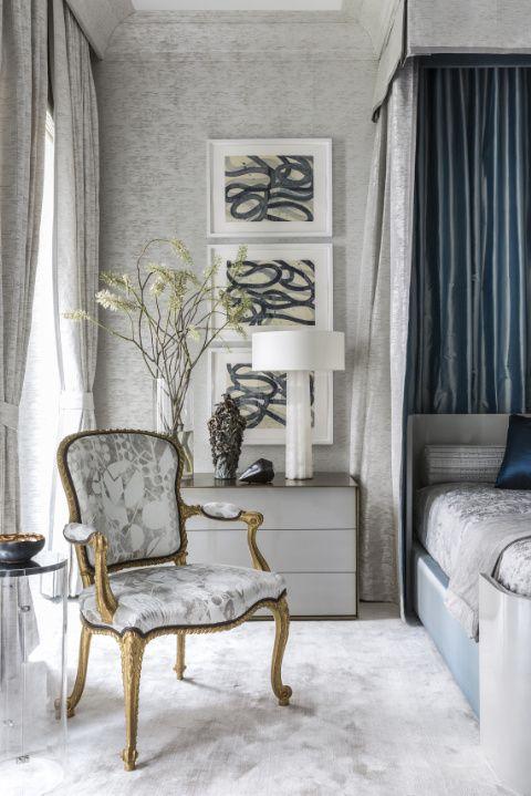 modern-antique-grey-bedroom-decor