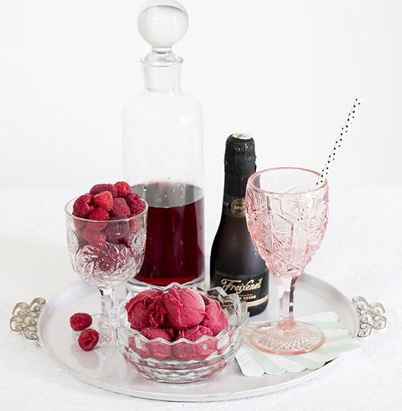 raspberry-sorbet-champange-cocktail-11