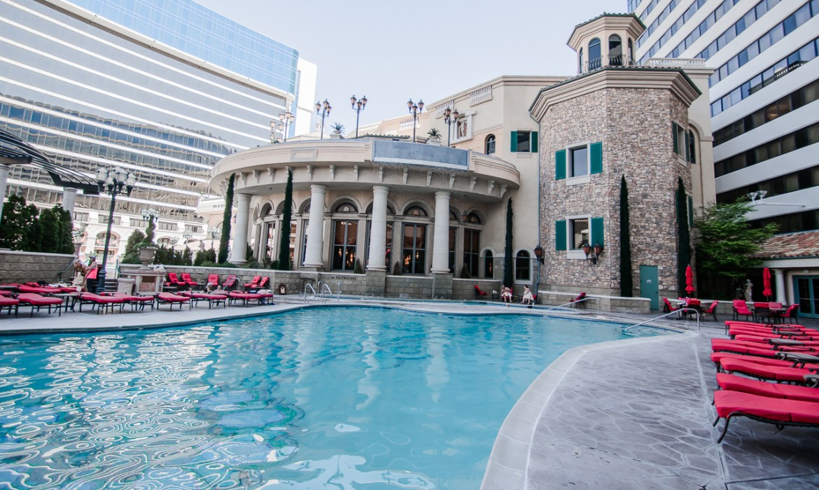 Peppermill Reno Pool