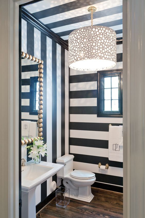 black-white-striped-wallpaper-bathroom