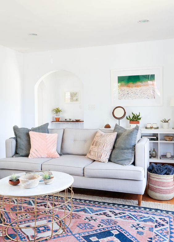 20 Sophisticated Ways To Style A Pink Rug The Perennial Style Dallas Fashion Blogger