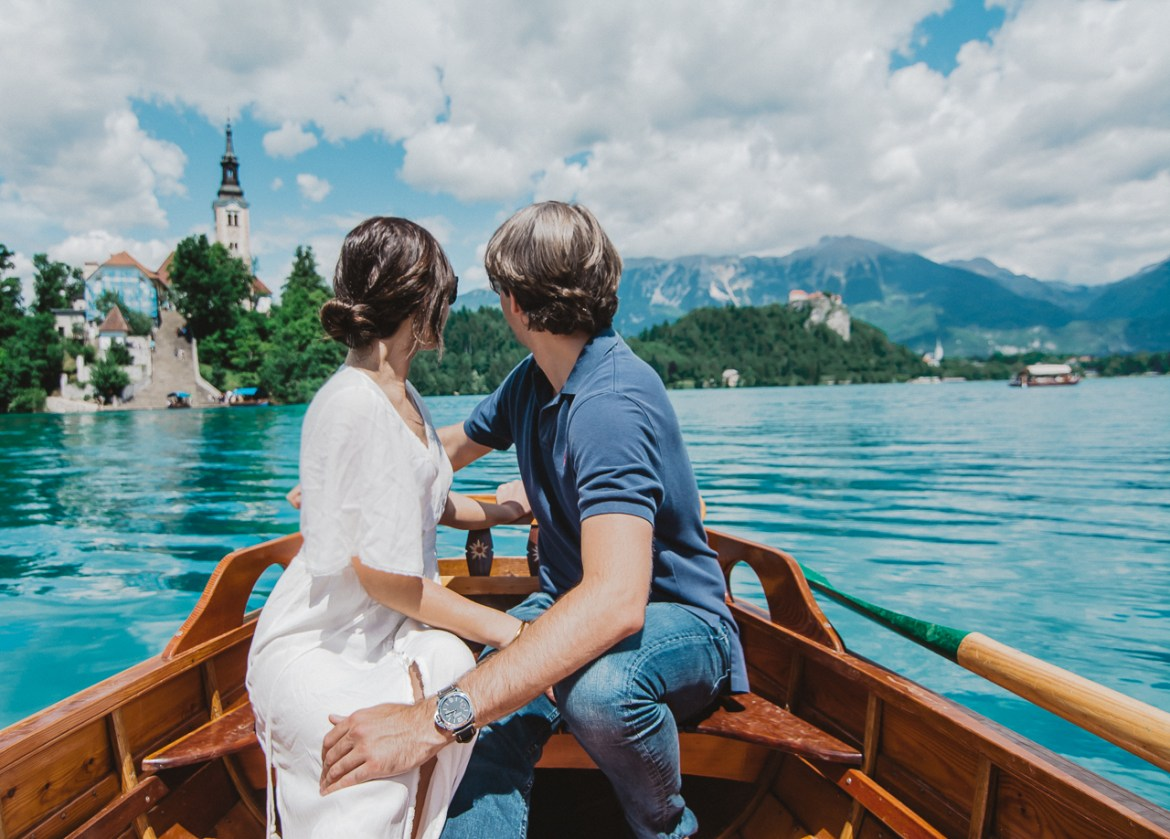 Couple Row Boat Lake Bled