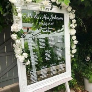 white mirror table plan