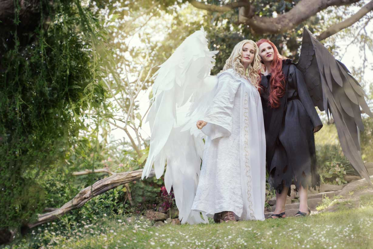 Good Omens The Nice And Accurate Cosplay Adventures Of Ardella In