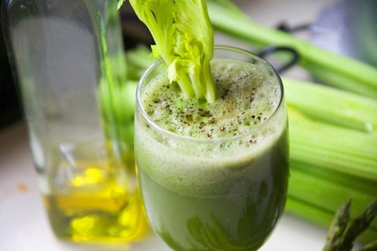 Mega Green Juice and Garlic2