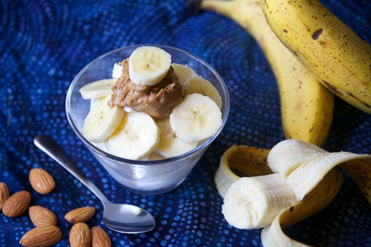 Banana Almond Crunch Greek Yogurt