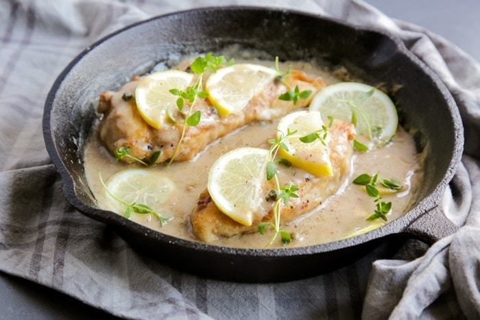 Chicken Piccata, an impressive yet simple Italian classic recipe, makes dinner sorted in just 15 min! Recipe by The Petite Cook - www.thepetitecook.com
