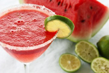 Watermelon margarita has all the summer flavors you need to quench your thirst! recipe by the petite cook