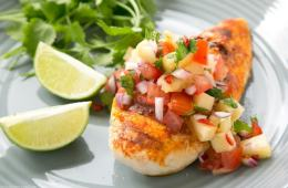 Tequila Lime Chicken is packed with vibrant flavors and cooks in under 30 min- A fun and festive Mexican-style dish perfect for friday night dinner parties and week-night meals alike! Recipe from thepetitecook.com
