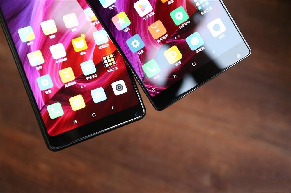 Xiaomi Mi MIX 2 Vs Xiaomi Mi MIX - bottom